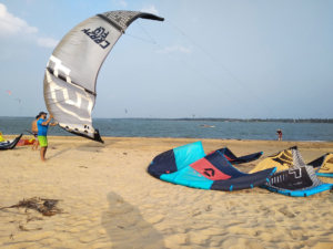 Kitesurfing in Kalpitiya: The Top Spots of Sri Lanka in Review with all you need to know